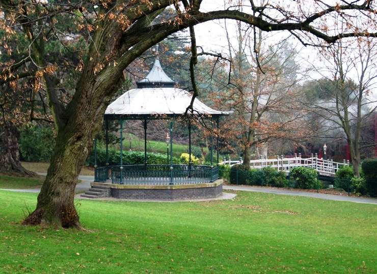 Dating from 1875, the Victorian bandstand in Priory Park of Malvern has been adopted as the logo of Malvern Civic Society.