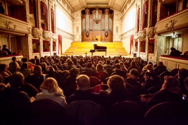 The founders of Icons of Europe have provided financial support to the renevotaion of the Royal Conservatory of Brussels.