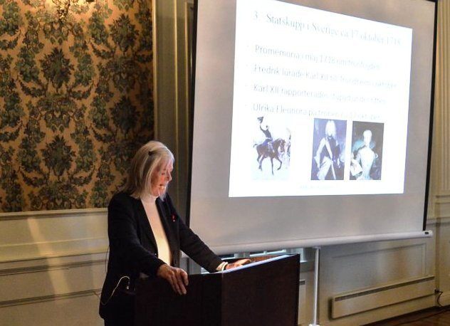 Cecilia Nordenkull-Jorgensen, Icons of Europe (Brussels) presenting her new book « KARL XII: Kungamord » at Halden's History Seminar 1718 in Norway on 6 October 2018.